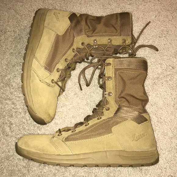 Danner Mens Tachyon 8 Coyote Military /& Tactical Boot